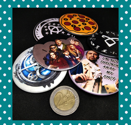 Customizable 2,3 inches Button Pins and Magnets